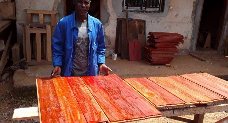 PARQUETS EN BOIS MASSIF PADOUK – Cameroun